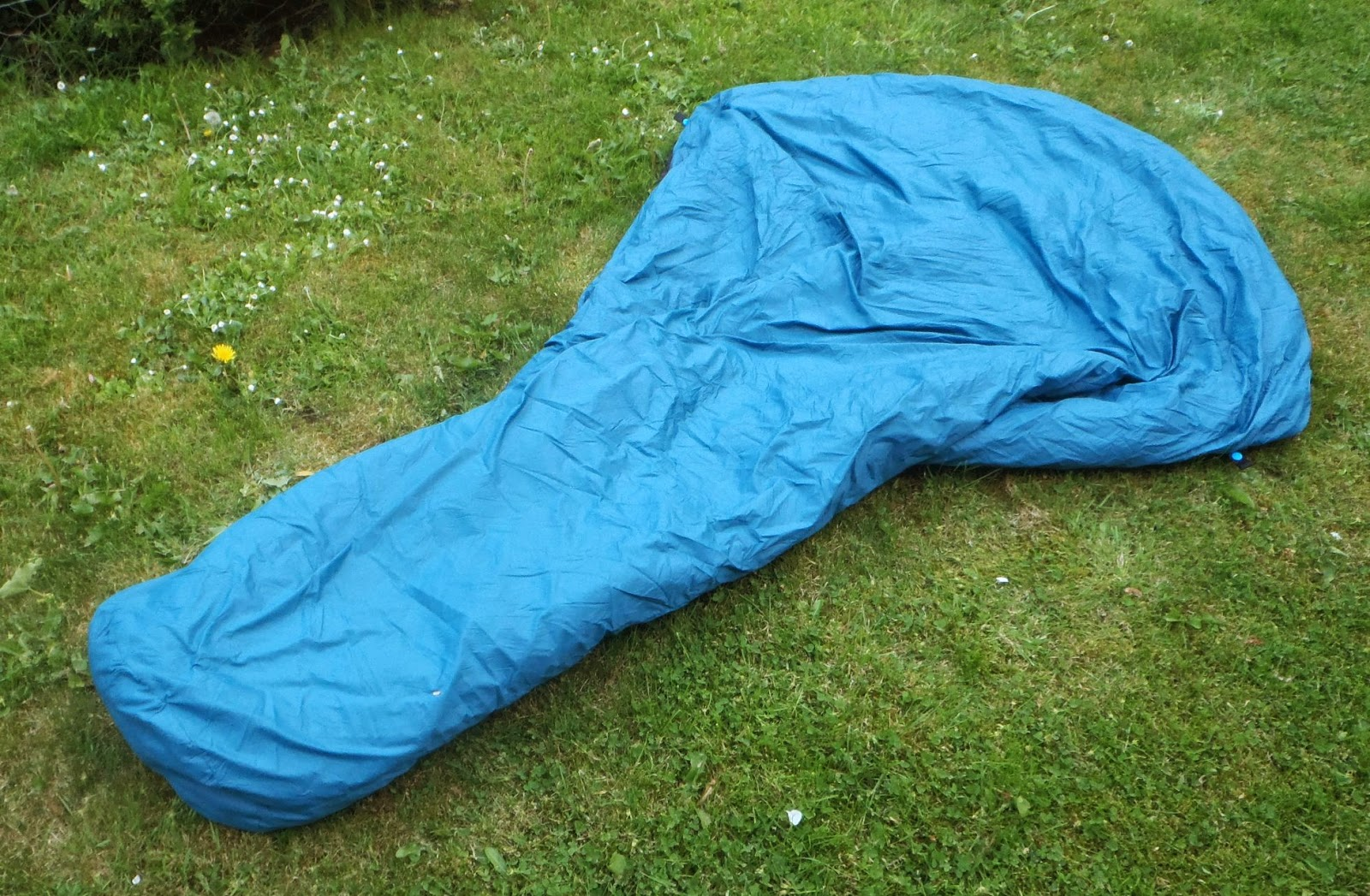 As Tucas Sestrals Quilt – minimalist camping