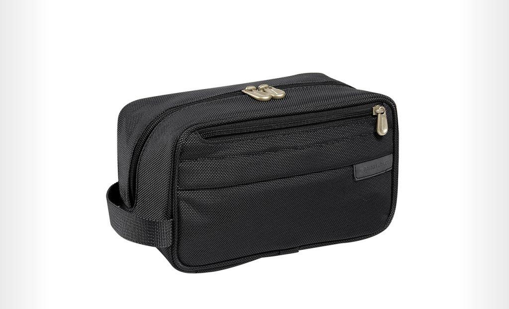 Briggs & Riley Baseline Luggage Classic Toiletry Kit