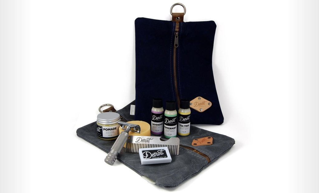 Detroit Grooming Co. Waxed Canvas Bag – dopp kits