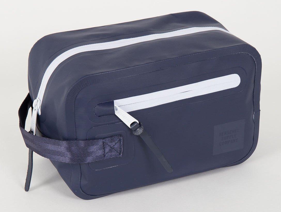 Herschel Supply Co. Chapter Travel Kit – dopp kit