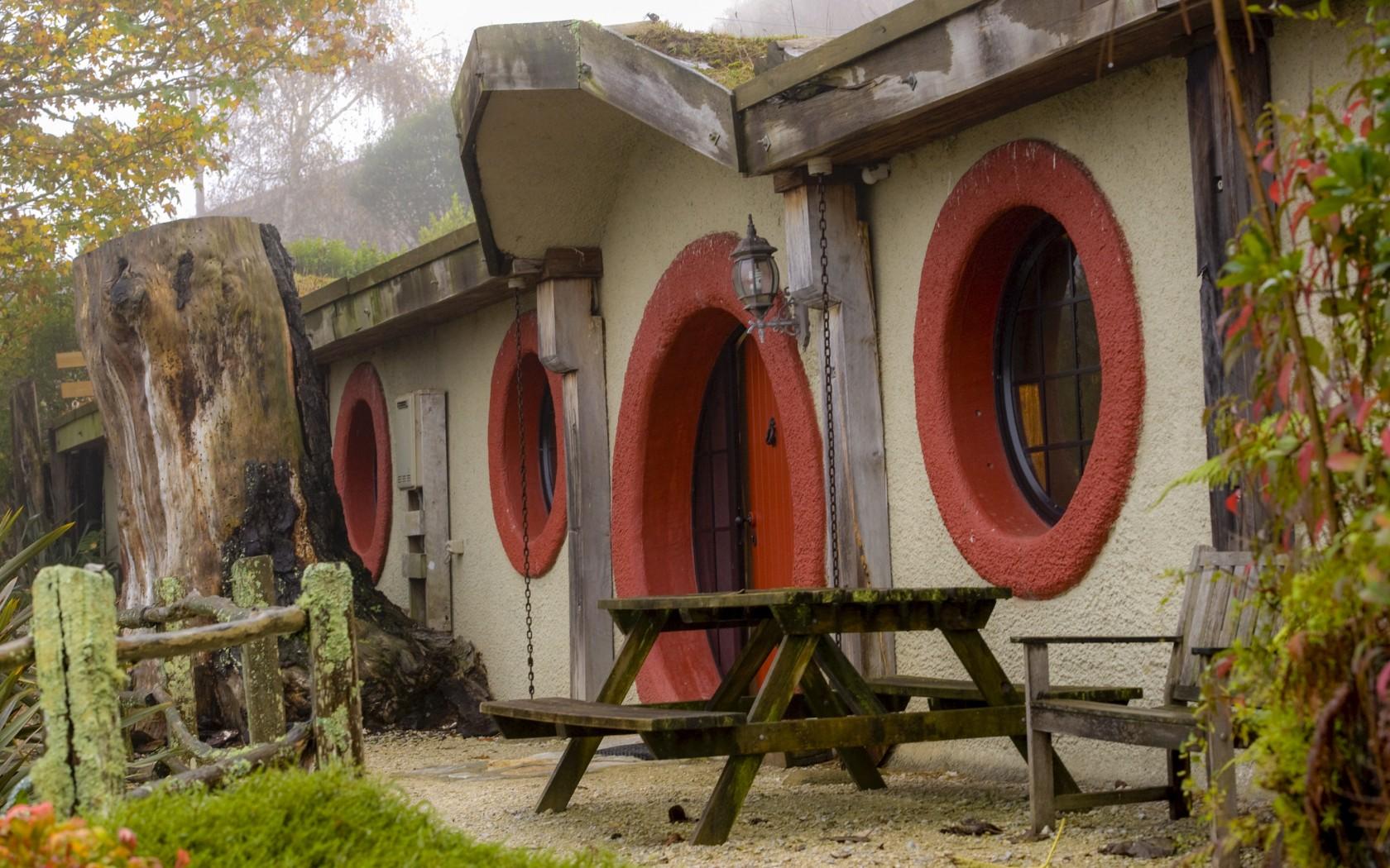 Hobbit Motel – unusual hotel