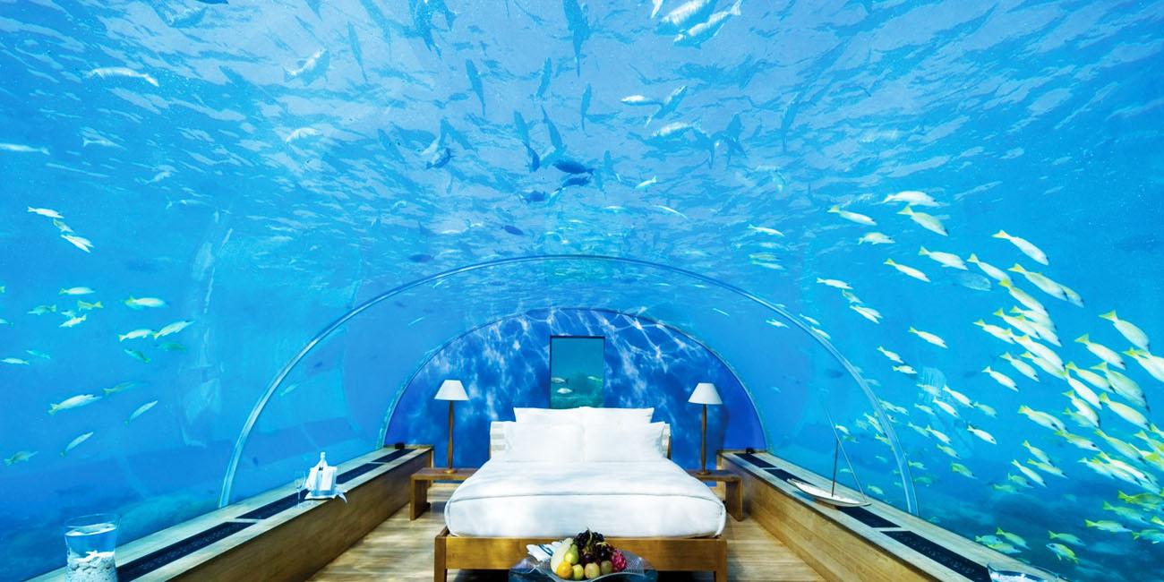 Poseidon Undersea Resort – strange hotel