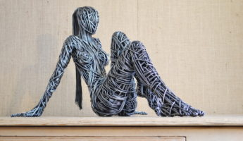 15 Beautiful Wire Sculptures That Redefine the Art of Twisting