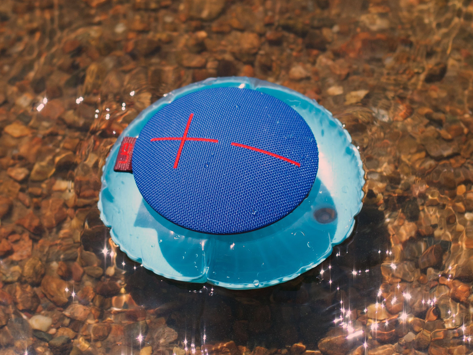 UE Roll – waterproof bluetooth speaker