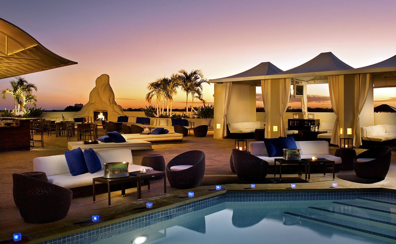Above Mayfair Pool Lounge – rooftop bar miami