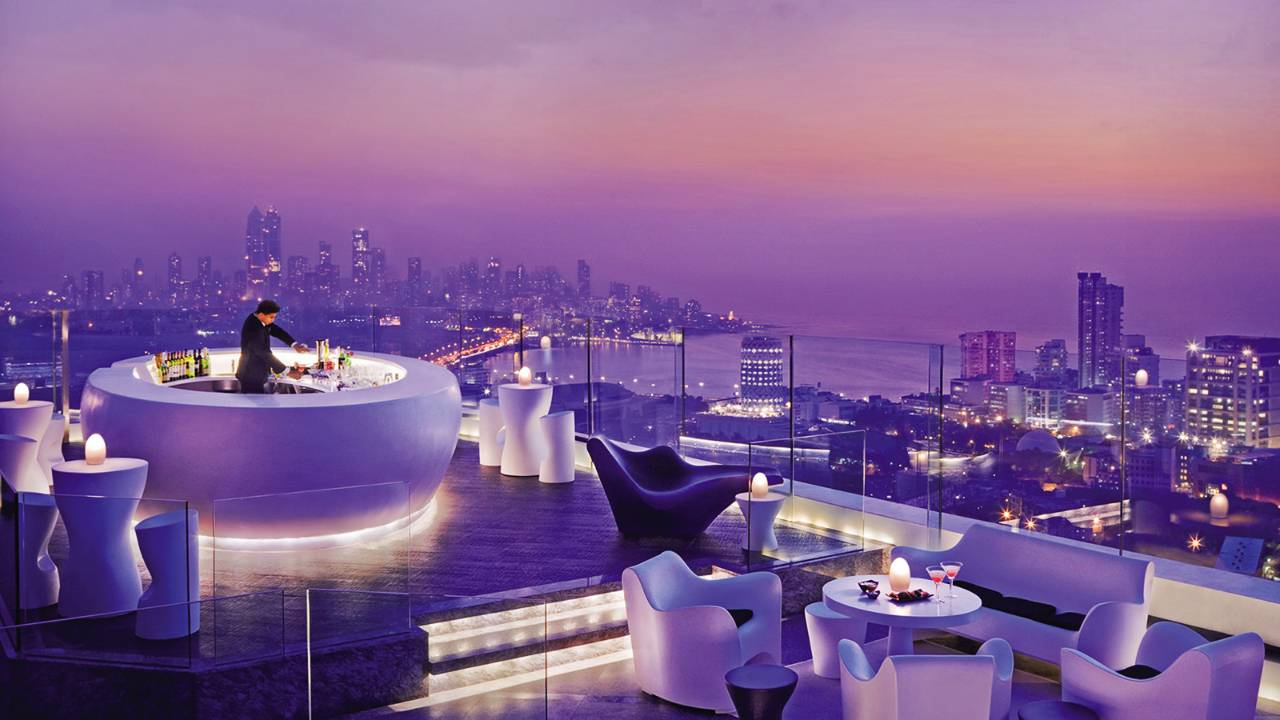 Aer Bar Mumbai – rare rooftop view