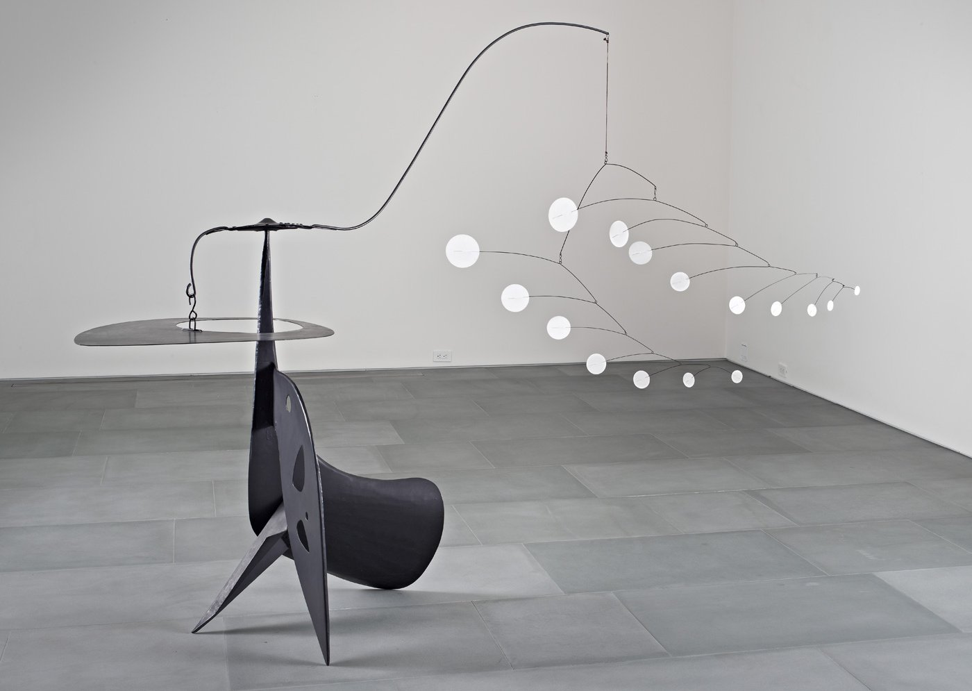 Alexander Calder – kinetic sculpture