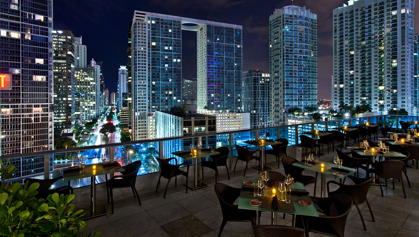 Area 31 – rooftop bar miami