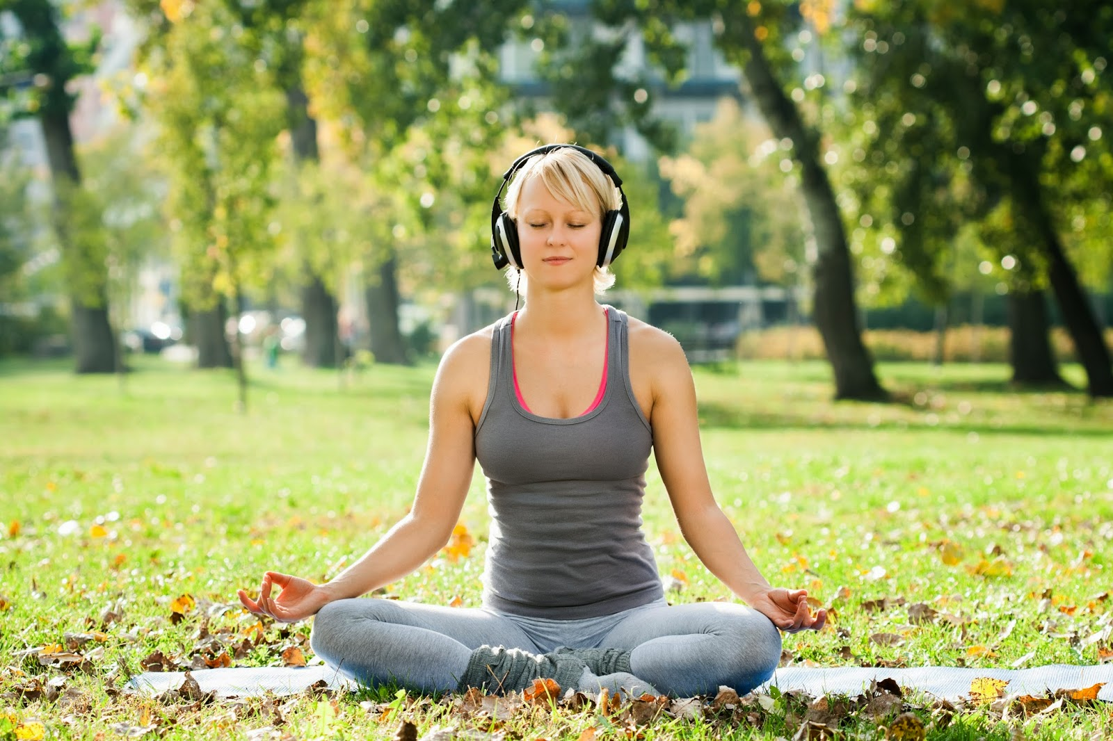 Binaural Stimulation and Meditation – fight depression naturally