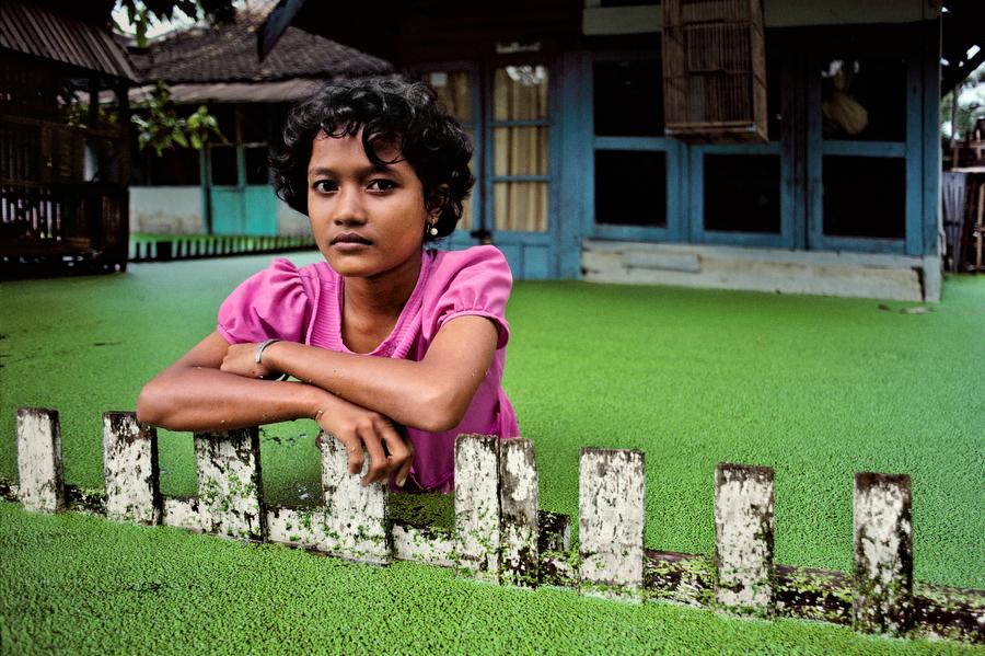Bojonegoro, Java, Indonesia. By Steve McCurry.