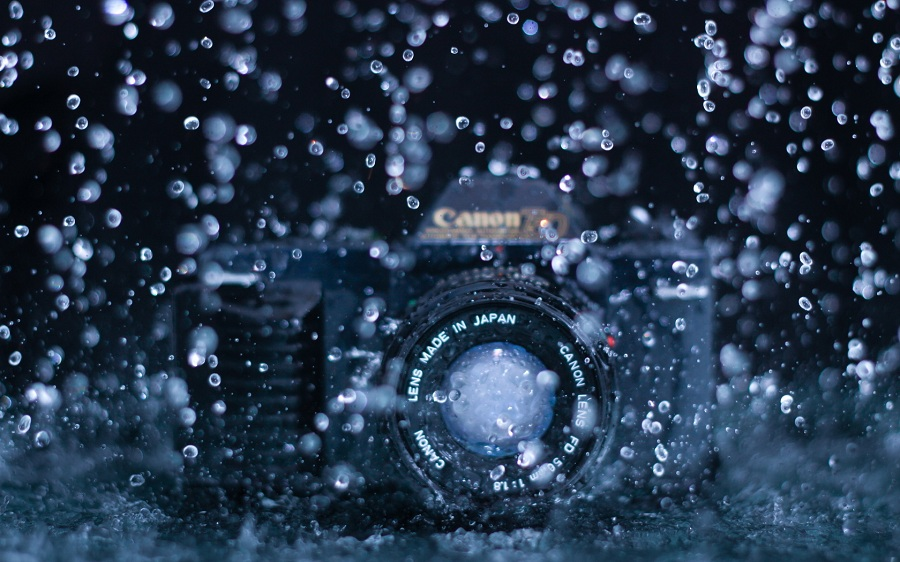 DSLR Camera Under Rain Water Macrophotoz Monzoom: The Monsoon Season In Pictures
