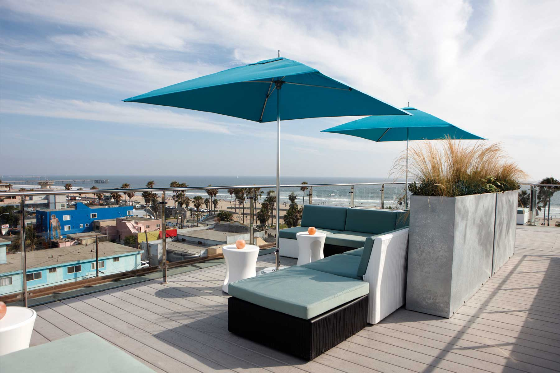 High At Hotel Erwin – rooftop bar los angeles