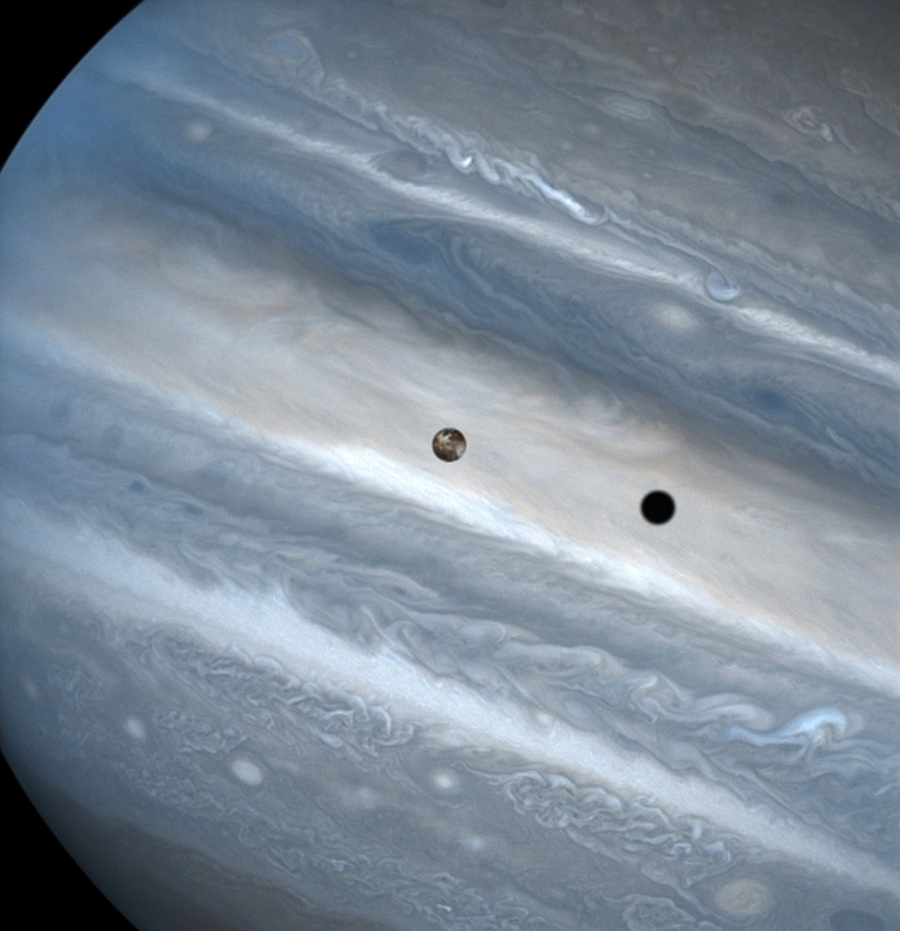 Jupiter Io The Coolist Hubble Space Telescope Boldly Shooting What No Man Has Shot Before