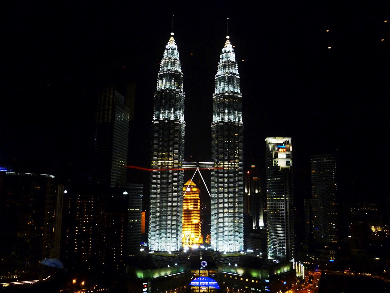 Kuala Lumpur SkyBar – rare rooftop view