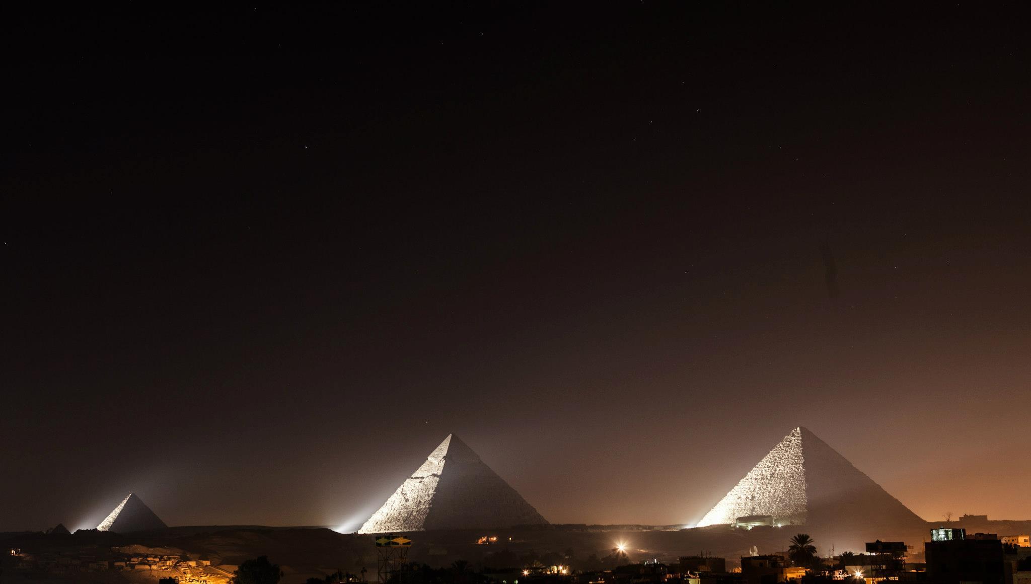 Pyramids at Giza – rare rooftop view