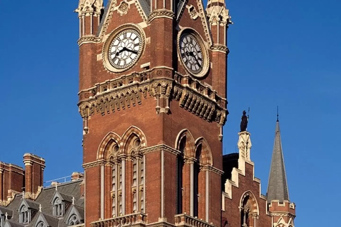 St Pancras Clocktower – London – weird airbnb rental