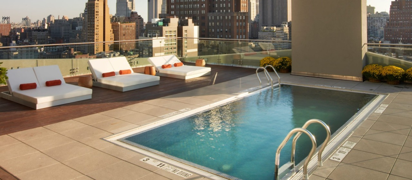 The James New York – rooftop pool nyc
