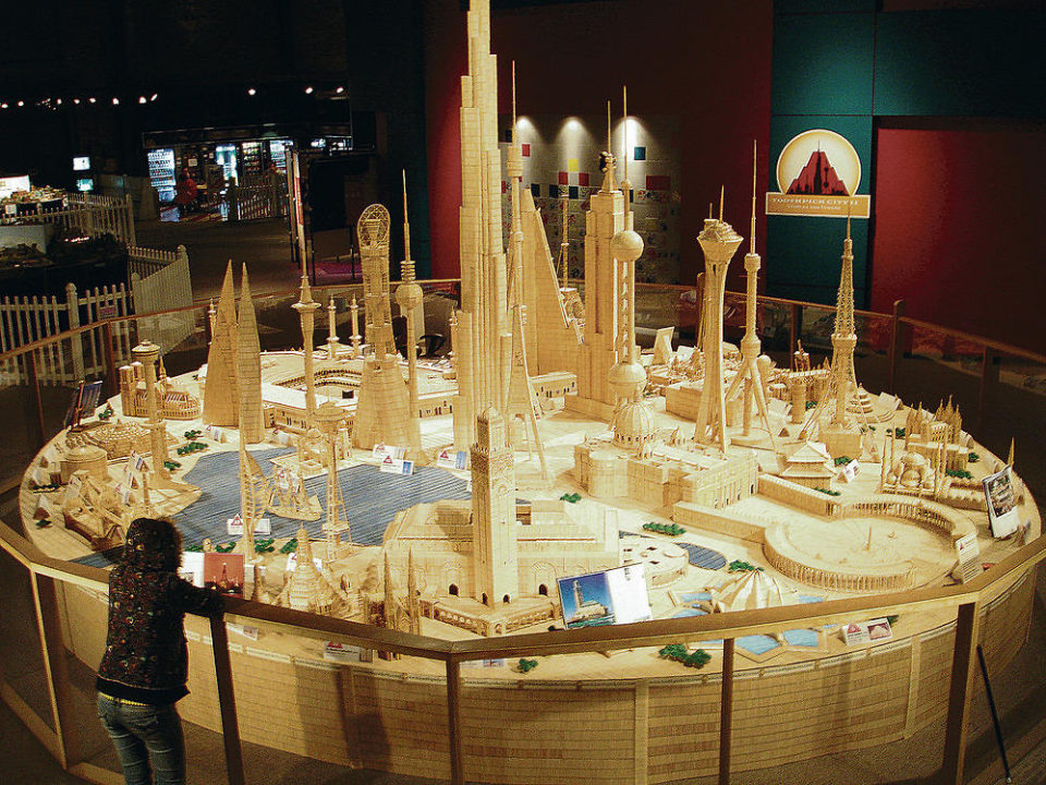 Toothpick City Sculpture 960x720 15 Incredible Toothpick Sculptures from 5 Dynamic Artists