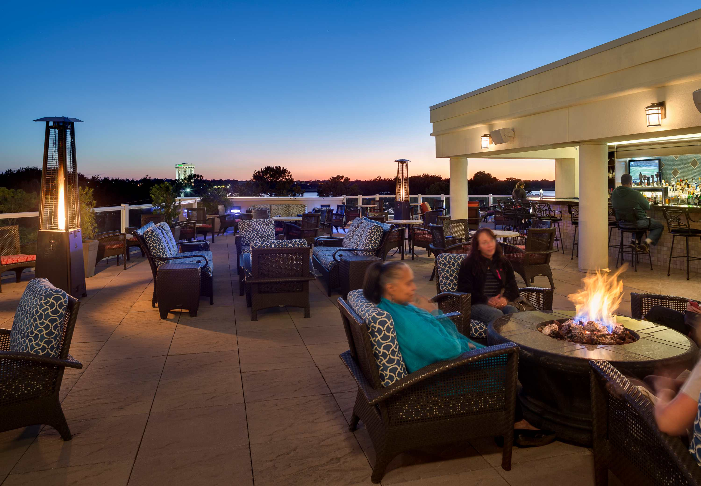 Aqua Terrace Rooftop Charleston Bar