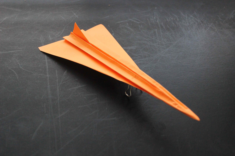 Concorde – paper airplane