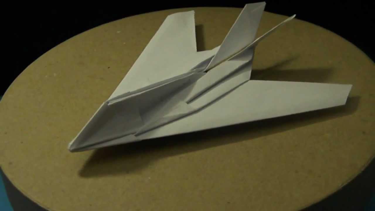 F-117 Nighthawk – paper airplane