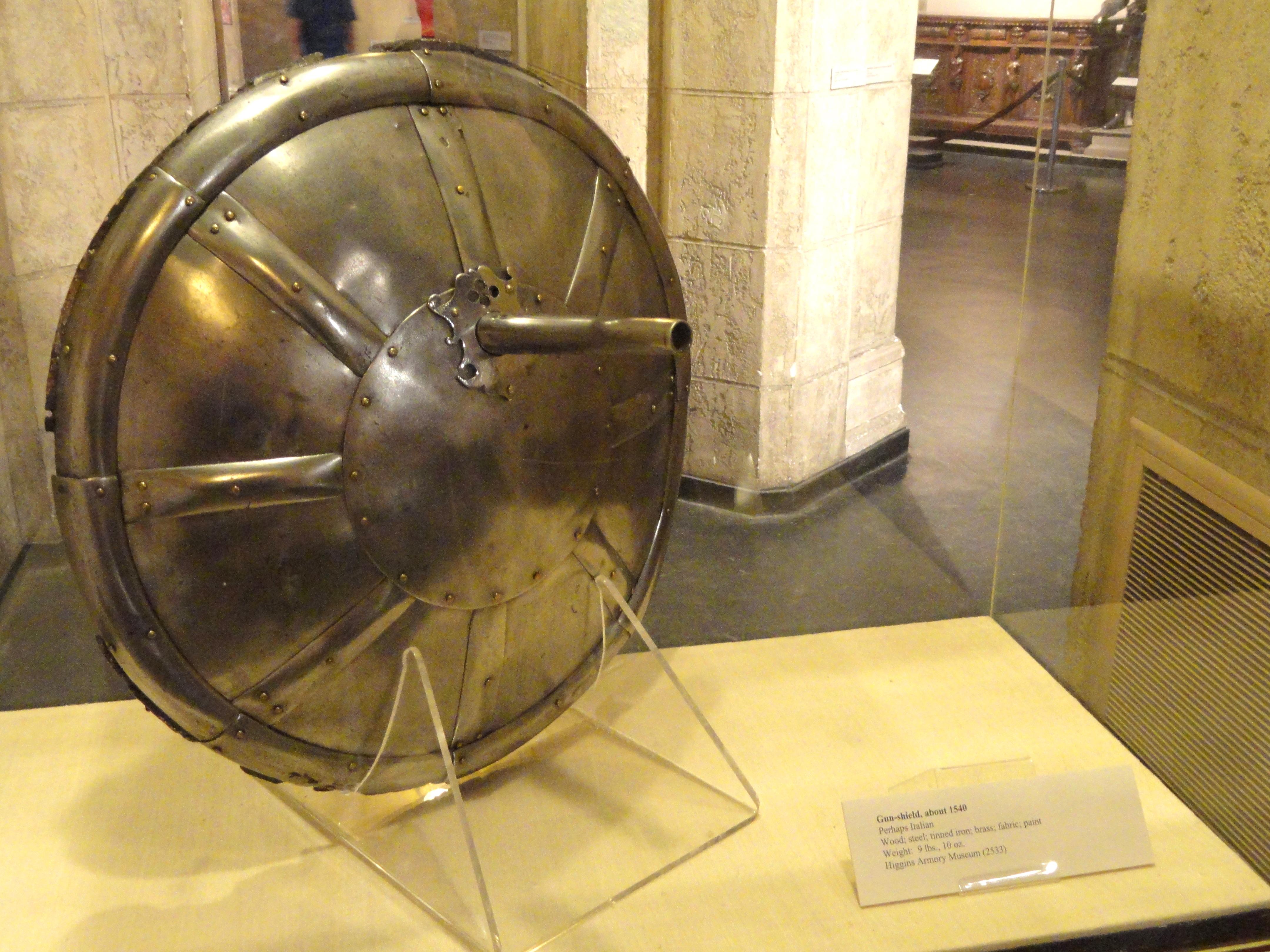 Gun Shield – weapon of history