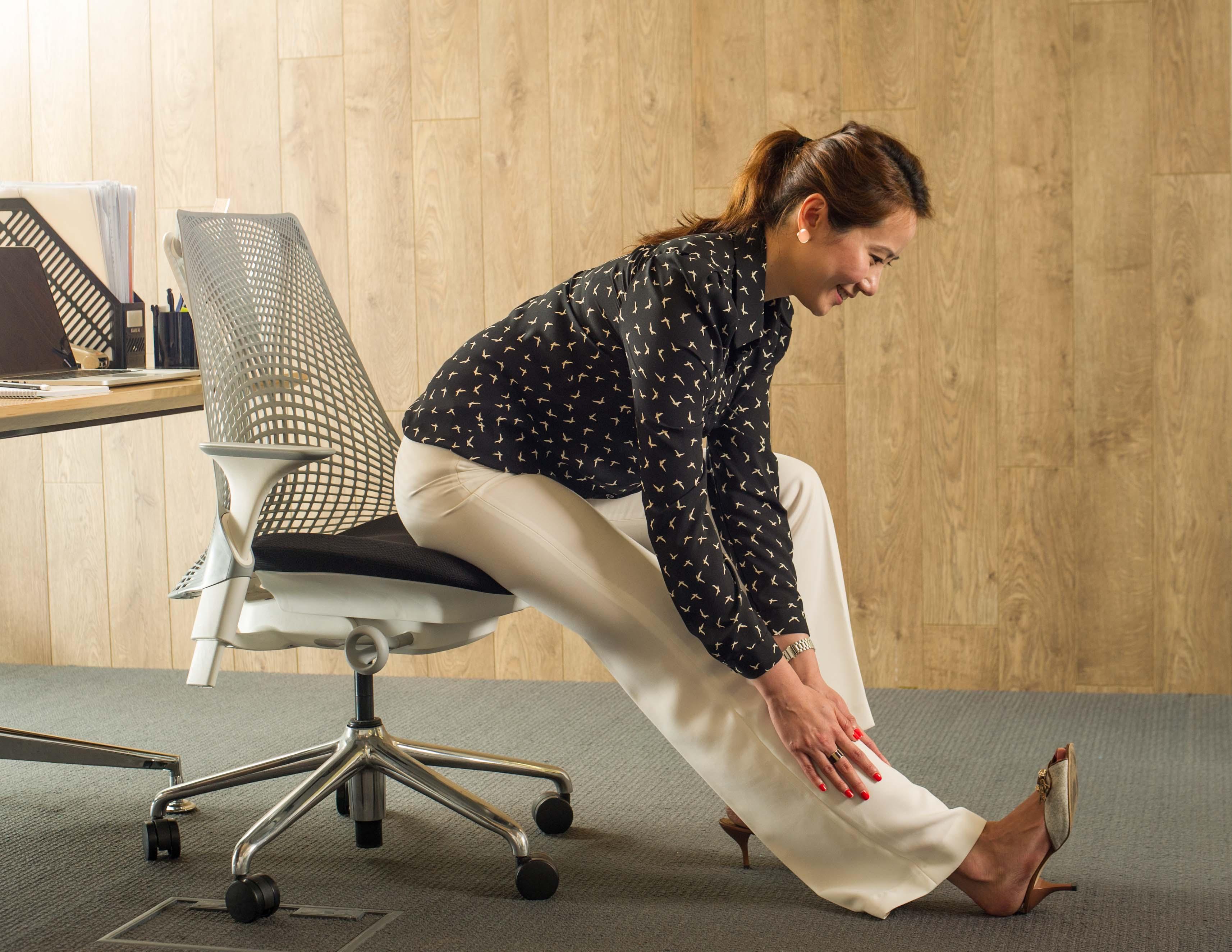 Hammy Desk Stretch