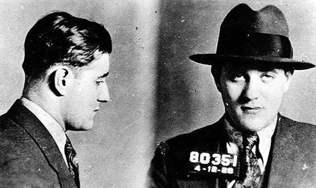 Mugshot of Jewish-American mobster Benjamin Bugsy Siegel in the 1920s