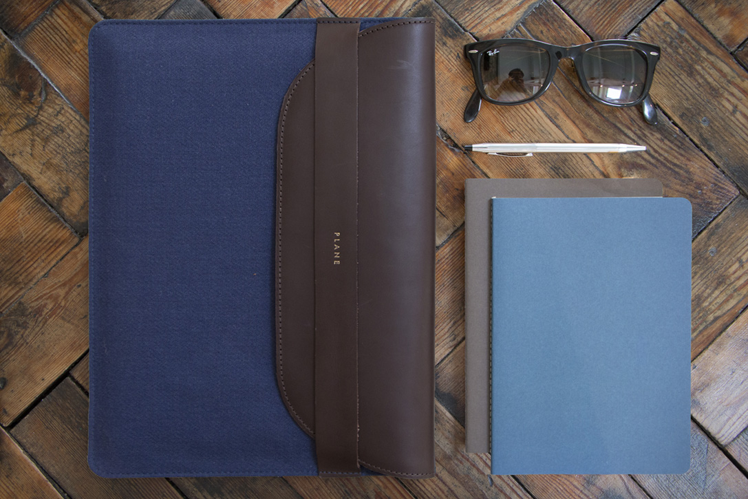 Luxury laptop/tabet sleeve made from recycled airport carpet