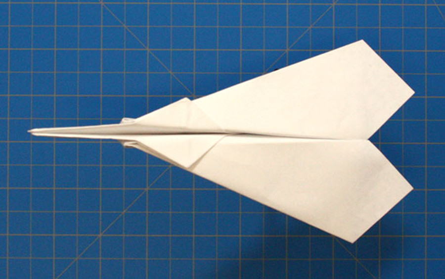 Spin Plane – paper airplane