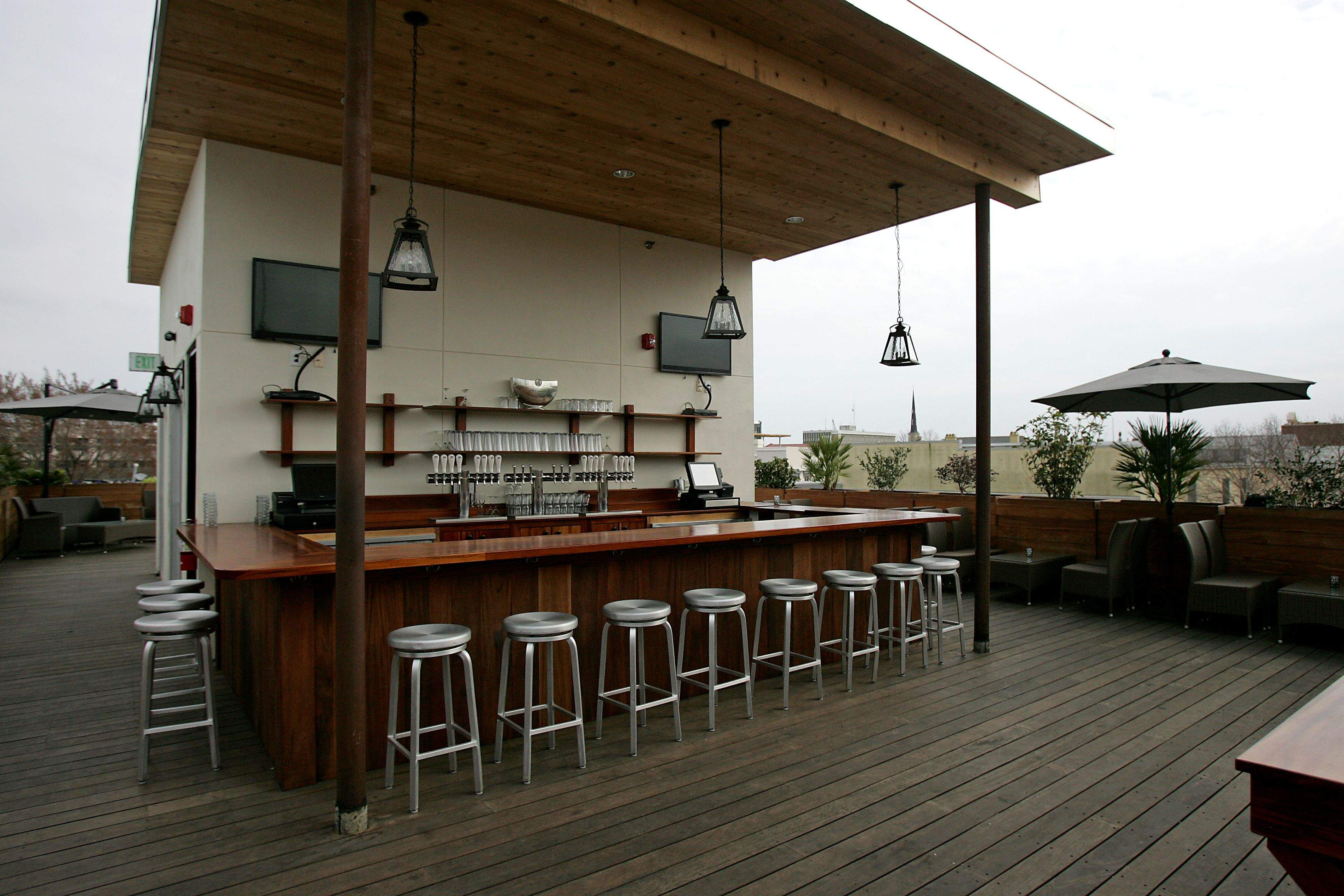 Stars – rooftop bar charleston