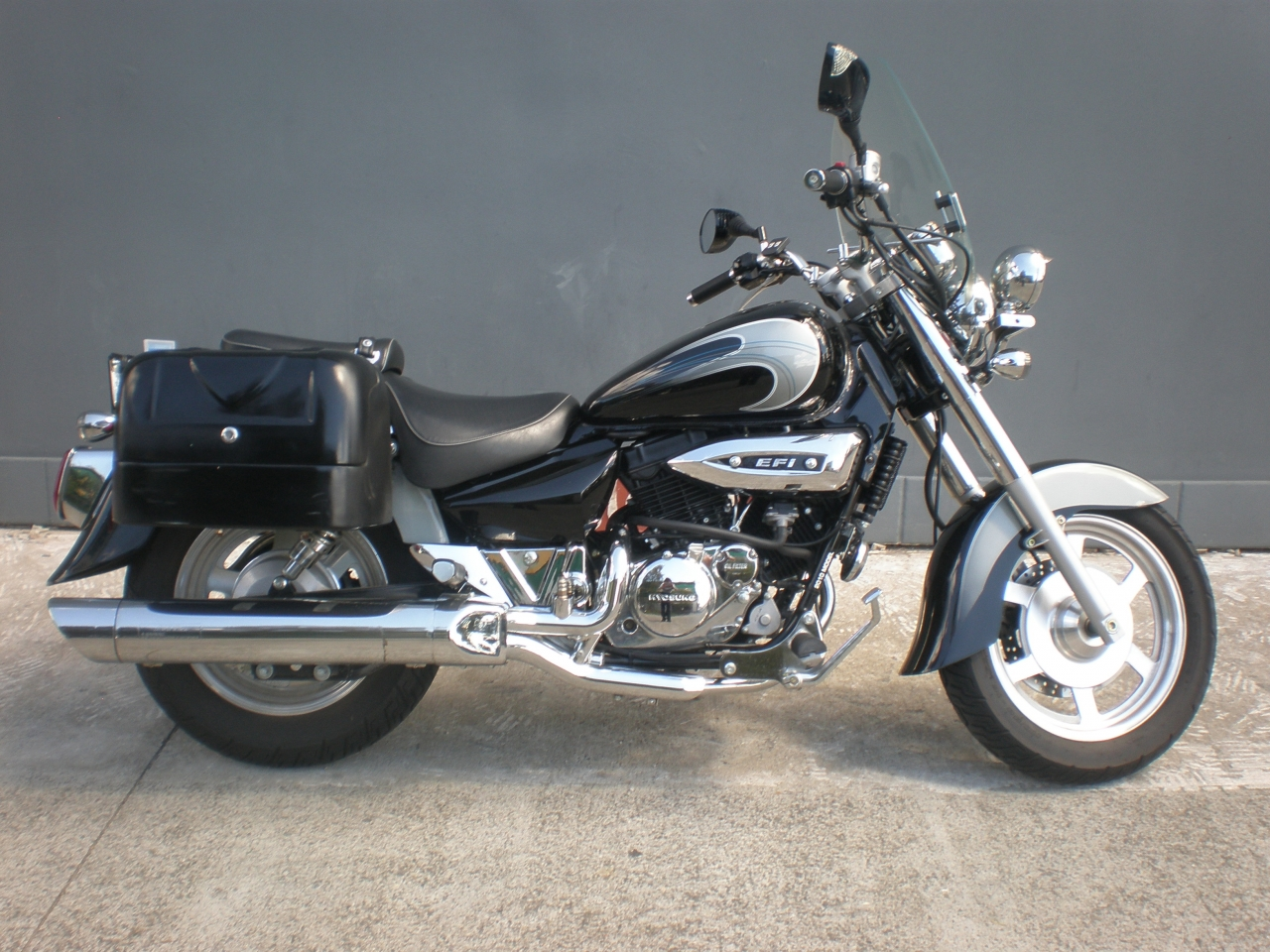 Hyosung GV250 – best import motorcycle
