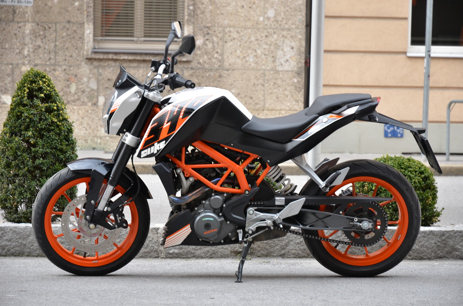 KTM Duke 390 – best import motorcycle