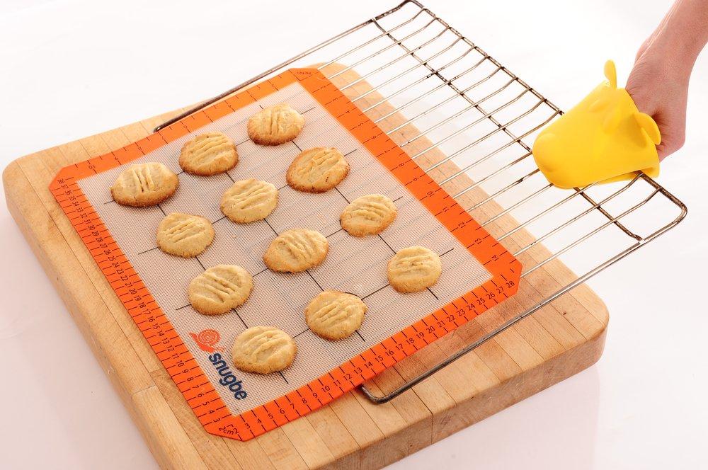 Silicone Baking Mats – kitchen gadgets under $20