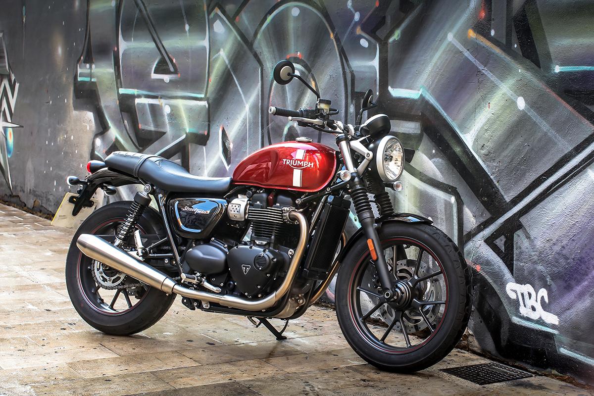 Triumph Street Twin – retro motorcycle