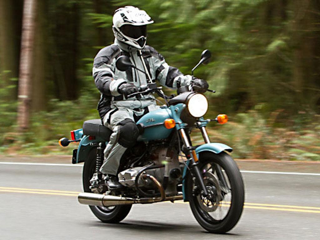 Ural Solo sT – retro motorcycle