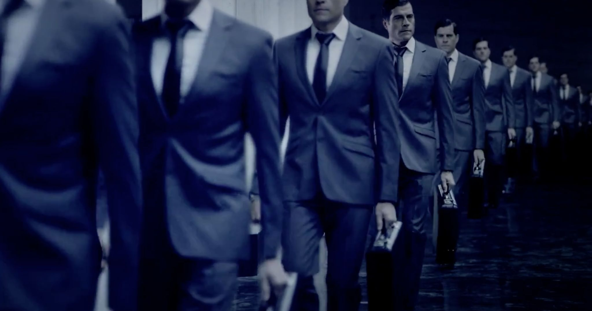 When to Wear a Suit Without a Tie