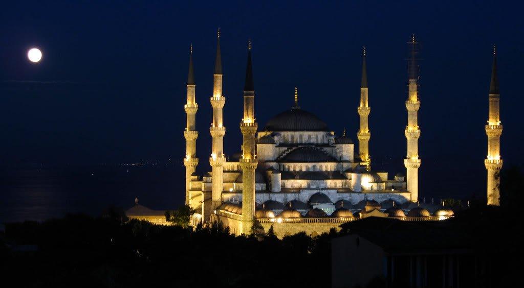 Blue Mosque of Sultanahmet – beautiful religious site