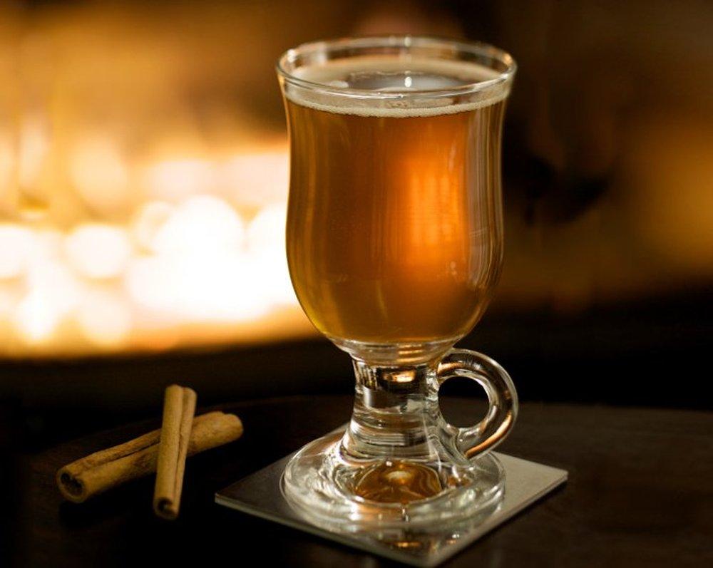 Bourbon Hot Toddy – autumn cocktail