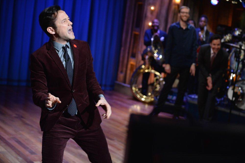 "Joseph Gordon Levitt Visits ""Late Night With Jimmy Fallon"""