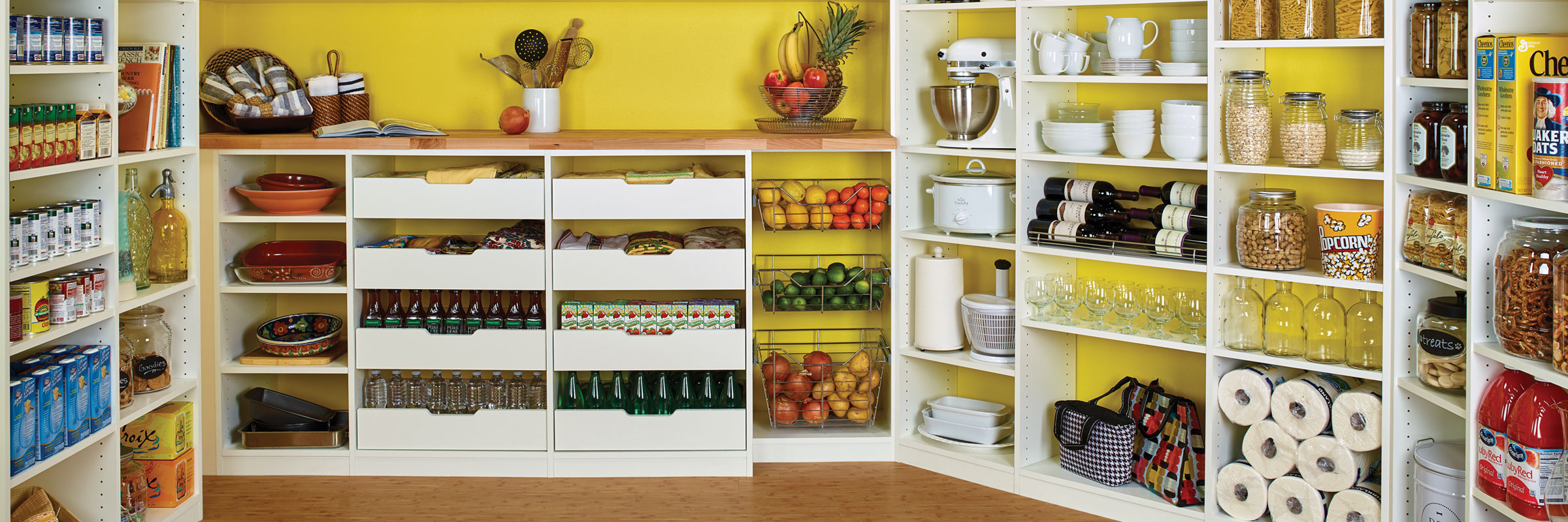 display-pantry-decorating-small-spaces