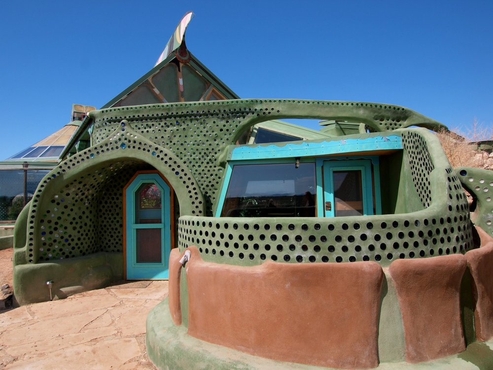 earthship-sustainable-diy-home