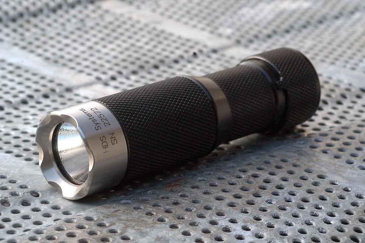 HDS Systems edc rotary edc flashlight