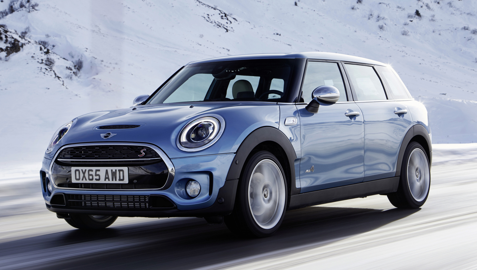 Mini Cooper – new cars under $25,000