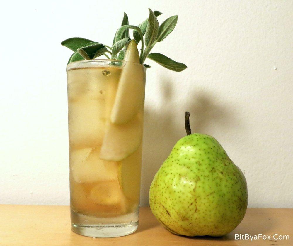 Pear & Sage Gin & Tonic – autumn cocktail