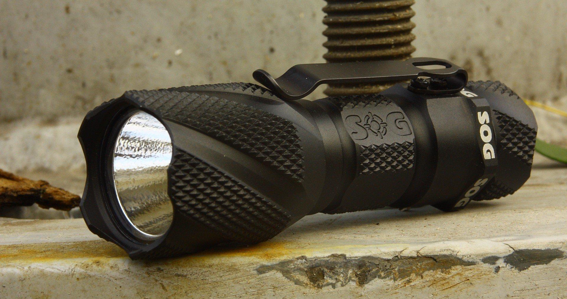 Sog Dark Energy DE 01 – edc flashlight