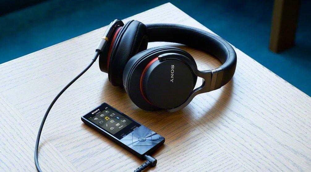 sony-mdr-z7-hi-fi-headphones
