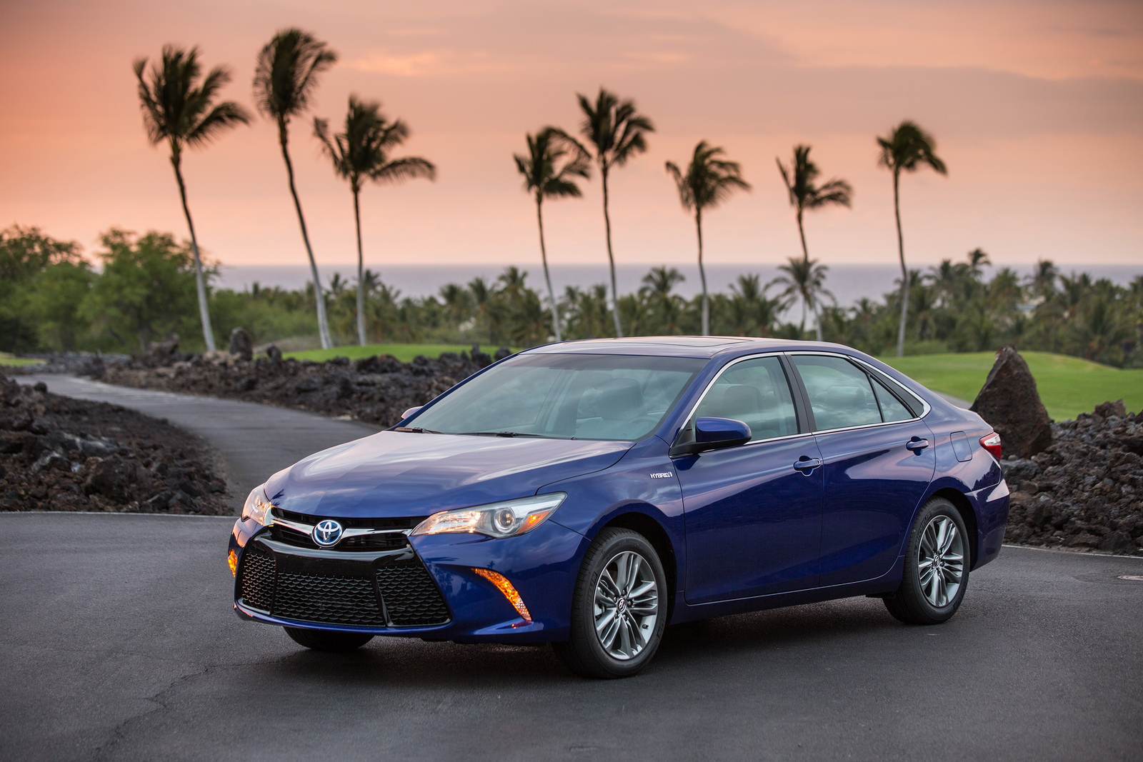 Toyota Camry LE – new car under $25,000