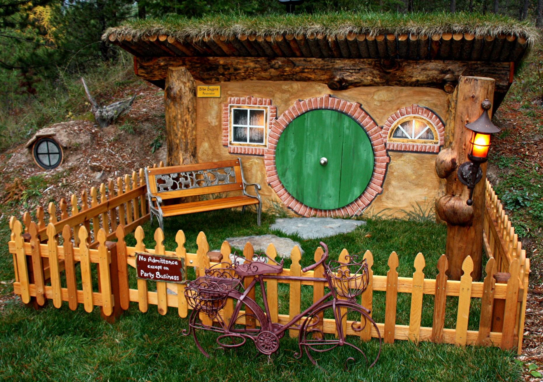 Bilbo Baggins House – hobbit home