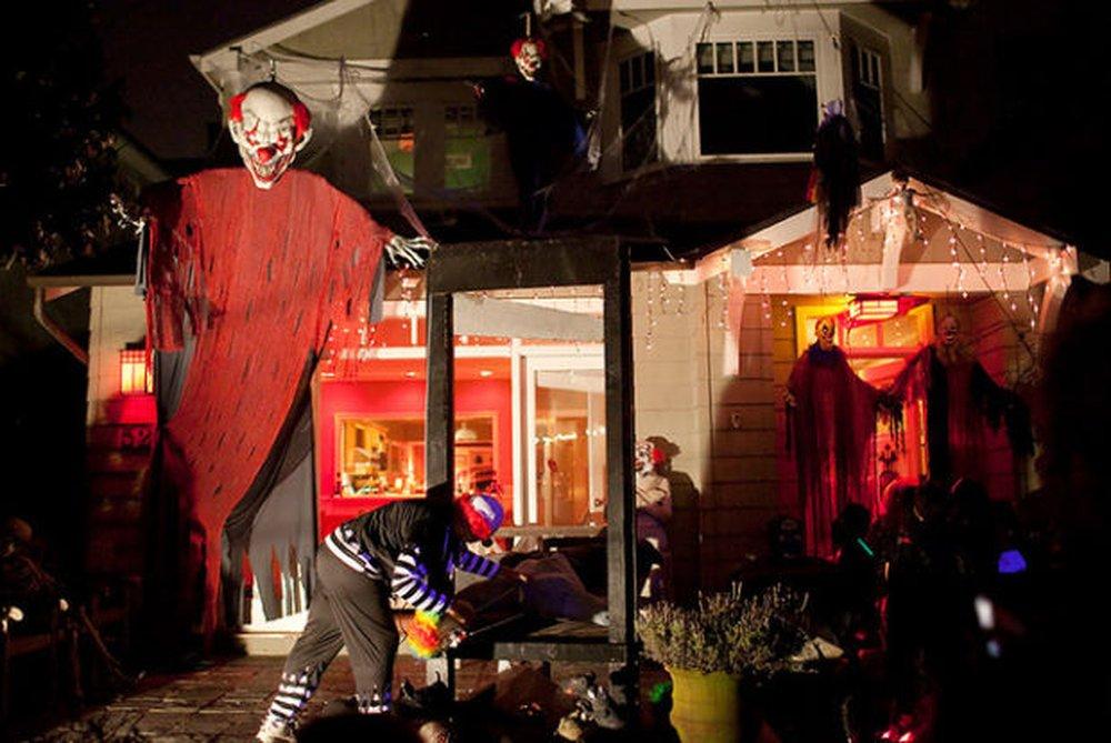Creepy Clowns – halloween decorations